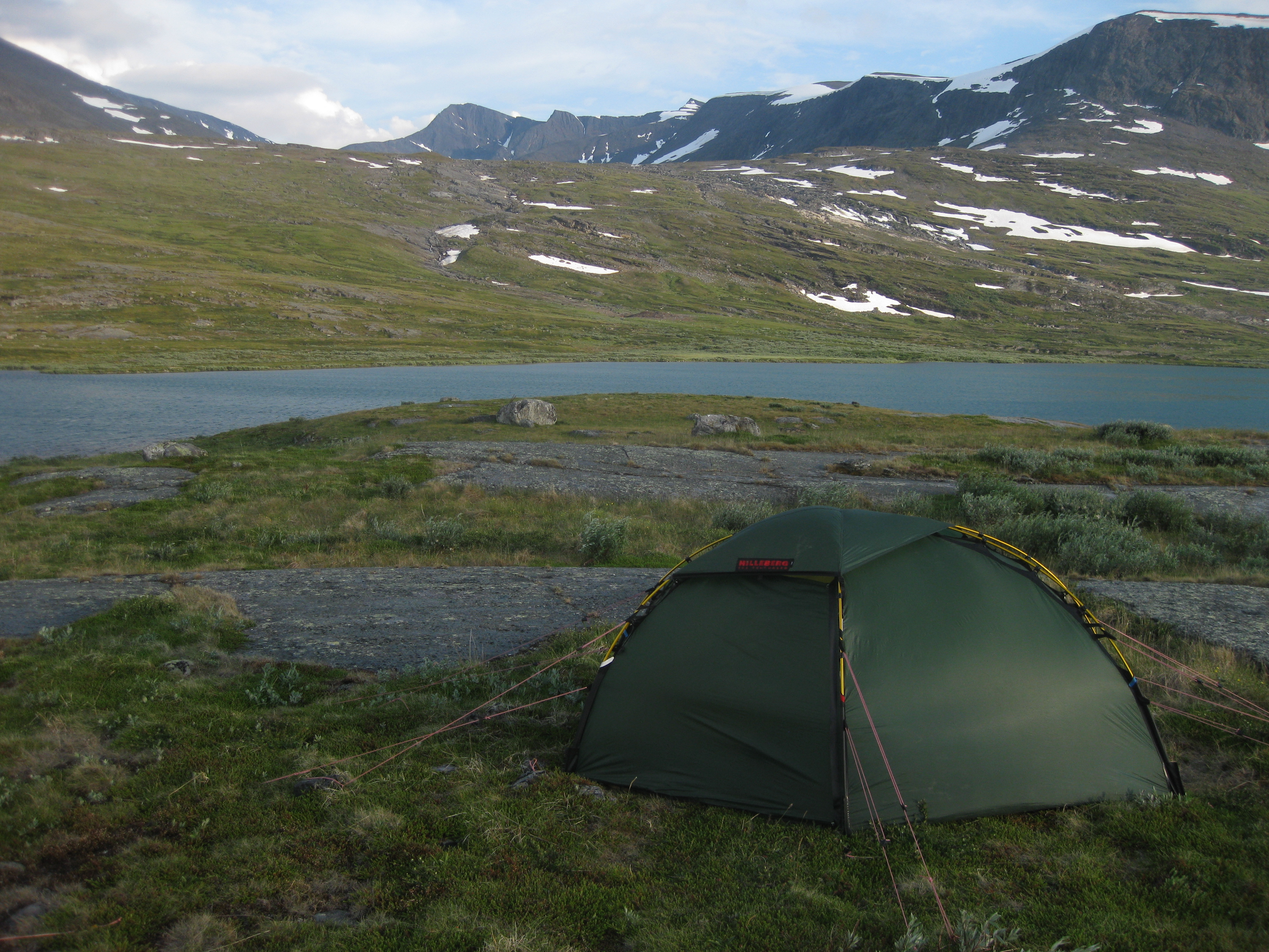 The Hilleberg Soulo is a perfect tent for solo hiking in every season. The weight is quite low and the quality extremely high. & Review: Hilleberg Soulo u2013 Vildmarks Conrad